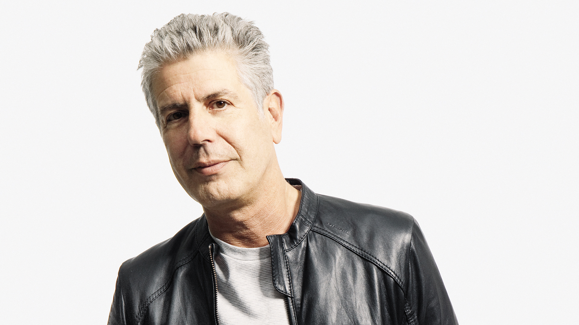 Anthony Bourdain earned a  million dollar salary, leaving the net worth at 9 million in 2017